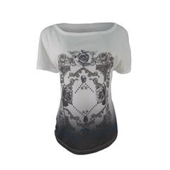 Blusa T-Shirt Caveira e Flores Plataforma Vogue