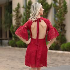 Vestido Guipir com Decote nas Costas Vermelho Doce Maria