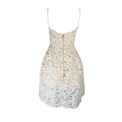 Vestido Curto Renda Off White Skazi