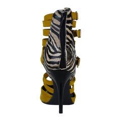 Scarpin Couro Nobuck Mostarda Macro Fashion