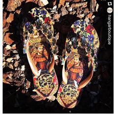 Chinelo Feminino Estampado Detalhe em Pedras Indaiá