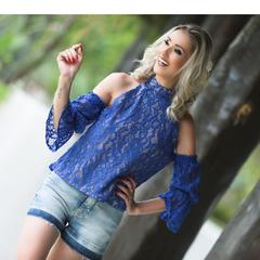 Blusa Gola Alta Renda Azul LovLity