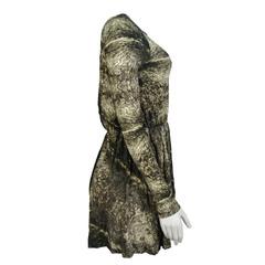 Vestido Decote nas Costa Laví