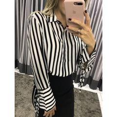 Camisa Listrada Flare Preto e Branco Esmeral