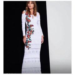 Vestido Longo Bordado Branco Anne Fernandes